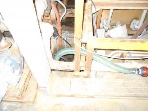 耐熱水中ポンプ設置写真2